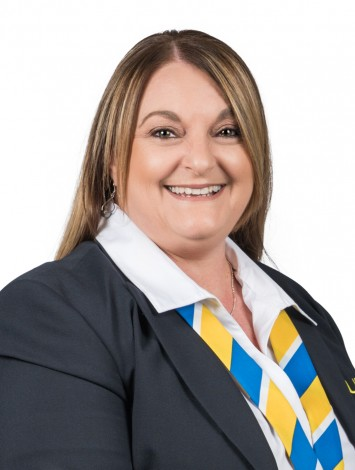 Mary Mifsud, Agent at YPA Estate Agents