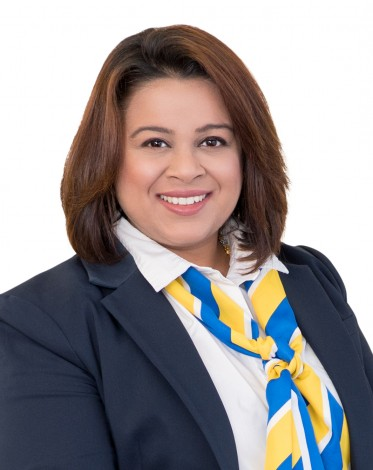 Saloni Singh, Agent at YPA Estate Agents